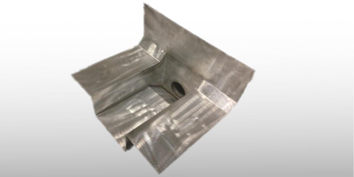 sacchet-metallwaren-ag-Spezialablauf-Dachwasserablauf-Einlauf-Speier-Ausspeier-chromstahl-edelstahl